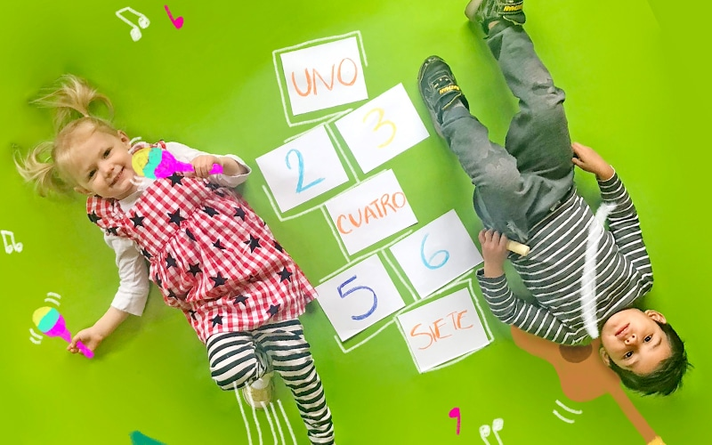 children learing a second language